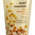 AVEENO - Smart Essentials Daily Detoxifying Scrub